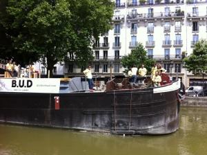 Lancement B.U.D quai de Valmy à Paris
